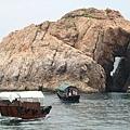 橫瀾島 - 坐駁艇回到船上