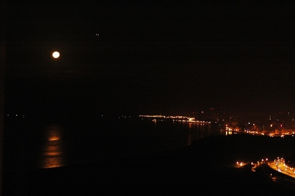 夜半月色.jpg