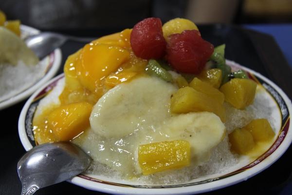 阿婆綜合水果冰