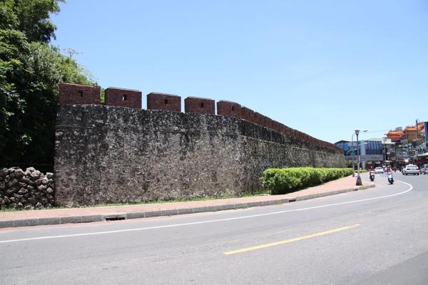 左營舊城牆