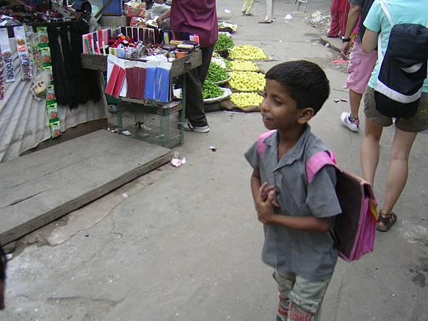 上學的小孩