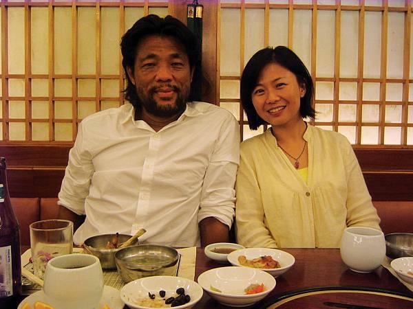 賓哥首肯拍紀錄片後,三人首次在香港碰面討論。(關本良攝).jpg