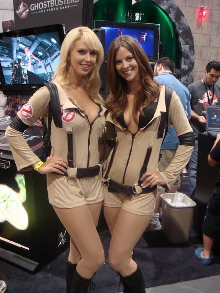 ghostbusters-girl-hot.jpg
