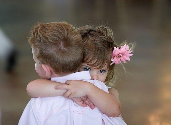 HUG 1.jpg