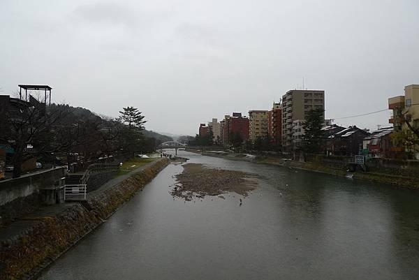 天氣不好的金澤