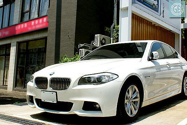 2011 BMW 535I.jpg