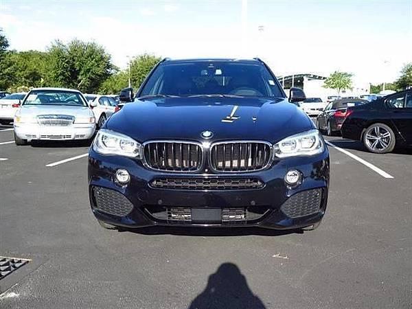 想開BMW X5外匯車嗎?想知道BMW X5外匯車價格要多少前麼?想要買到一台價格便宜車況優良的BMW X5嗎?GE台北車庫都幫客戶想到了,例如去美國BMW原廠代購品質優良的BMW X5外匯車就是目前消費者最熱門選項,或是從美國中古車拍賣網站可以找到價格非常便宜BMW X5,中古外匯車價格會隨著時間慢慢越來越便宜,想知道最新BMW X5價格請聯絡GE台北車庫,除了BMW X5之外,GE車庫還提供客製化各式外匯車款代辦進口代購及個人運車回台灣服務,歡迎諮詢