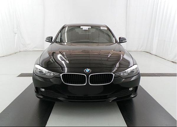 BMW 320i從美國芝加哥運車回台灣總共費用才60多萬,比起在台灣購買同型車輛可以節省10幾萬費用,當然進口車想要運回台灣有一定風險,特別是有些車輛的關稅及驗車費用比較難估算,GE台北車庫外匯車代購服務從美國買車運回台灣代辦服務提供免費顧問諮詢服務,歡迎連絡