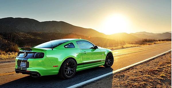 在2013年 ford發表第六代野馬!!讓我們來來期待野馬之後會推出什麼驚人的車款