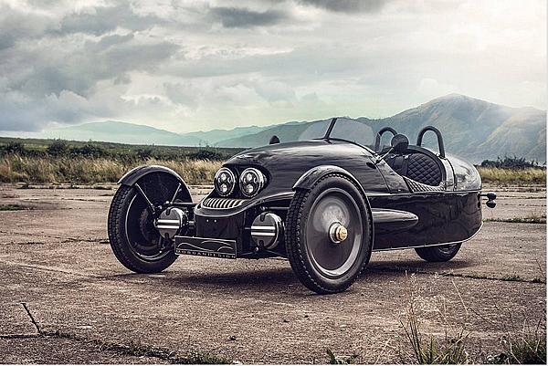 摩根汽車 Morgan跨界合作限量生產19輛的《UK1909 EV3》聯名限定版車型(電動車)