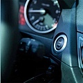 BMW X1休旅車
