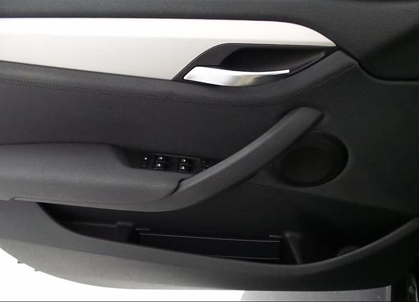 14年式 BMW X1休旅車 黑#47565 價格124萬
