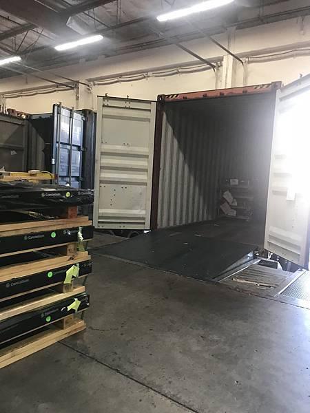 美國加州FCC倉庫