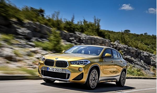 BMW X2休旅車
