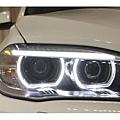 BMWX5休旅車