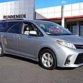 Toyota Sienna LE價格