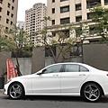 美國外匯車c300駕駛心得評價比較與台灣代理商c200的差異性