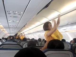 空姐大跳熱舞 美麗的空姐們大跳熱舞