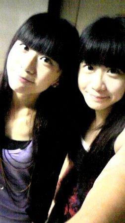 北大辣妹子 周孟璇 另外為他的雙胞胎姐姊。