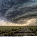 上帝之眼 暴風雨 西恩2007年拍攝的作品。