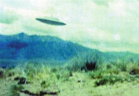 幽浮 造訪地球 核彈基地 幽浮與核彈:核武基地的奇特接觸