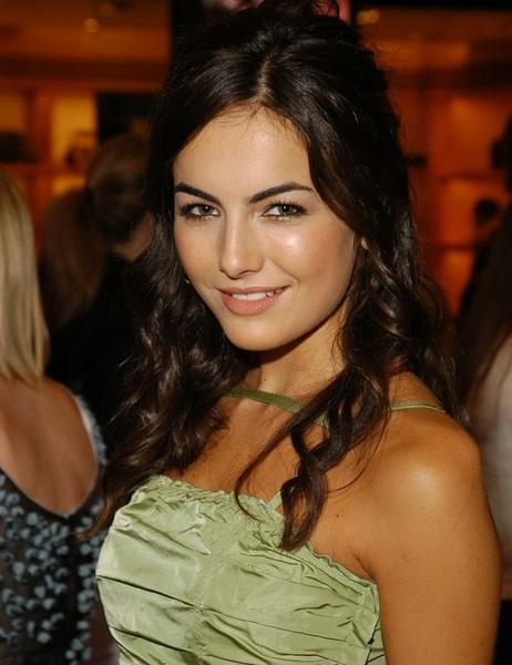 最美臉蛋 2010全球百大最美臉蛋卡蜜拉貝兒奪冠