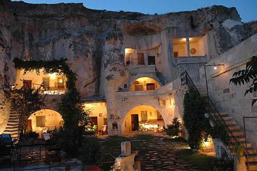 土耳其 洞穴飯店 這個建築有150年的歷史