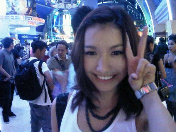 泰國豆花妹 Newwy Patitta 網路上爆紅