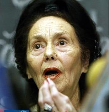 最老的媽媽 Adriana Iliescu 66歲高齡試管女嬰