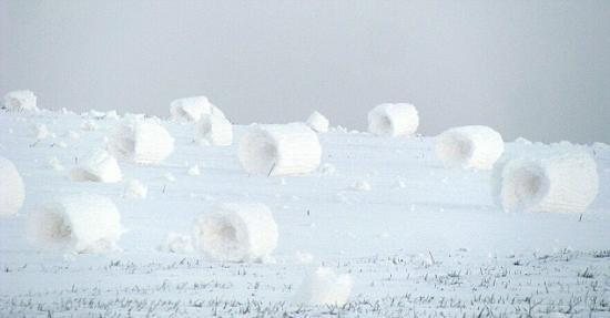 雪卷奇景 會轉瞬間崩潰