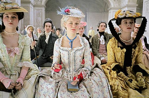 marie_antoinette_screen1_large