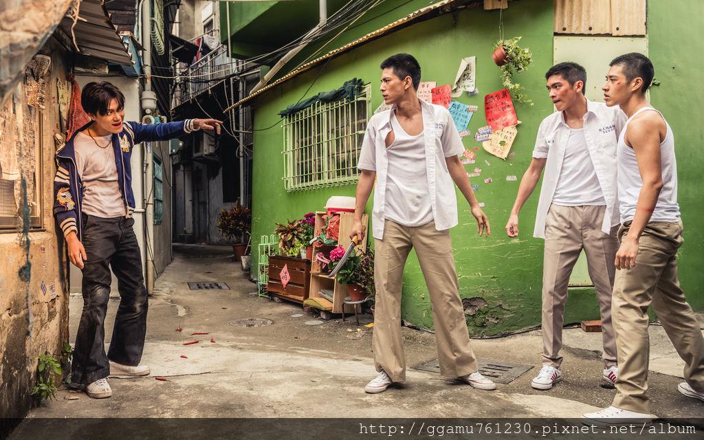 0709邱宇辰(左起)林柏叡、林輝瑝、吳岳擎在《鬥魚》電影版中打戲相當有看頭。(圖:多曼尼題供).jpg