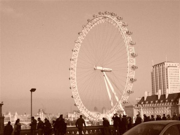 london eye(要複數嗎?)