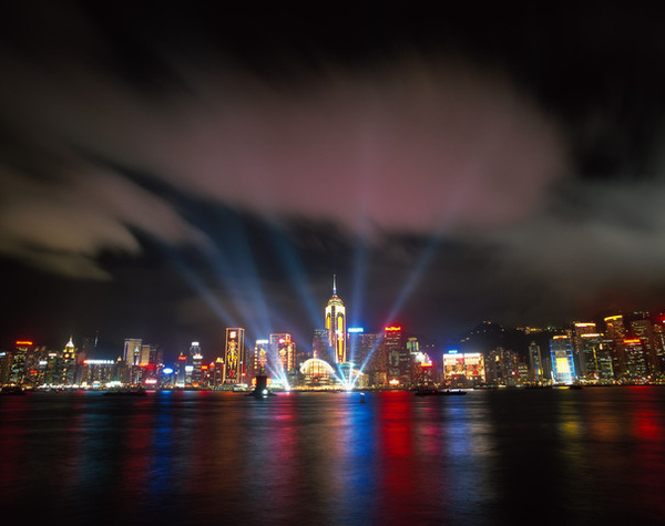 091015奇摩線上旅展-暢遊香港自由行三天 國泰航空-2.jpg
