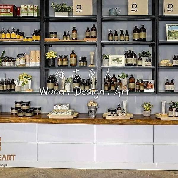 新竹髮廊原木桌椅原木展示板架2.jpg