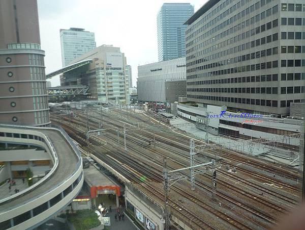 HEP FIVE摩天輪看JR大阪駅