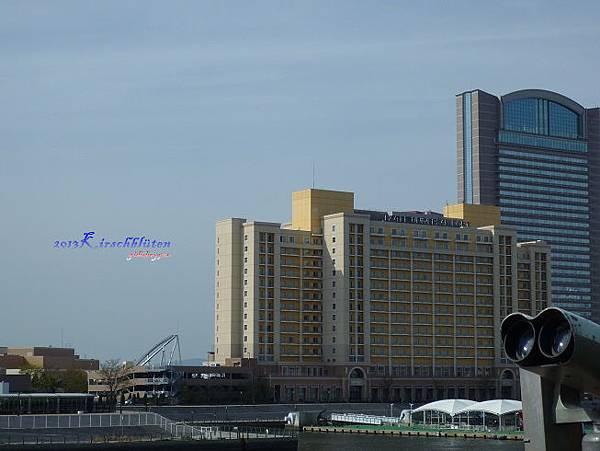 観光船サンタマリア上看環球影城