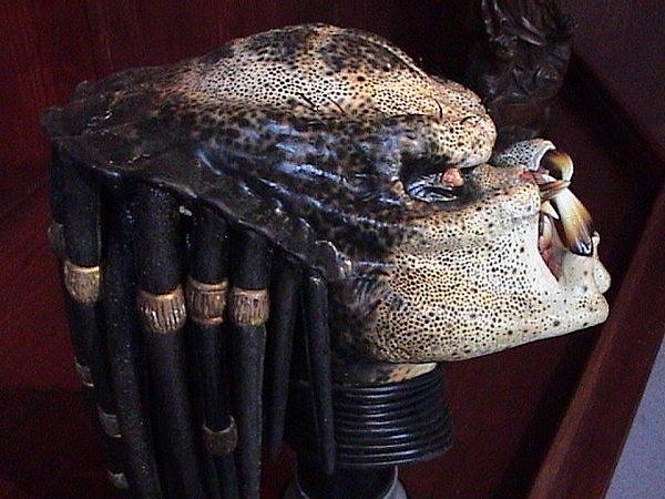 單買不知道多少?面具加頭盔好貴兩萬多
