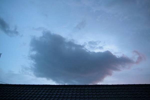 我放的屁,已經變成雲了