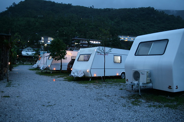 早知道就住露營車