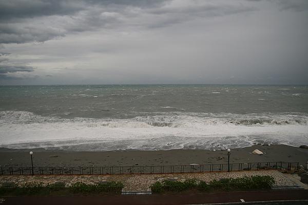 看出去的海景,平常應該風和日麗