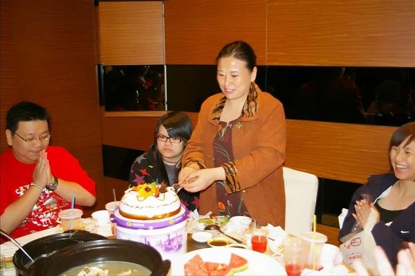 20090509 母親節聚餐IMGP7888.jpg