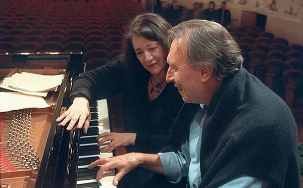 Martha-Argerich--Claudio-Abbado--2004