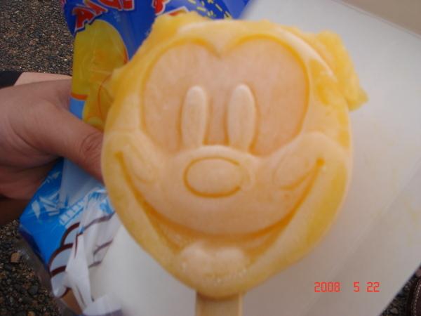 没了耳朵的Micky。