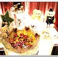連這這這~~也是餐廳佈置的,真的是超貼心的~那可愛的熊熊送客糖盤子,也是餐廳的哦~~