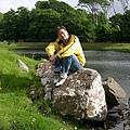 0620_39Jo on the rock