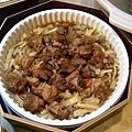 0217_2 Brown-burn pig legs stew