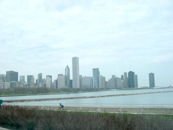 水族館蓋在湖邊