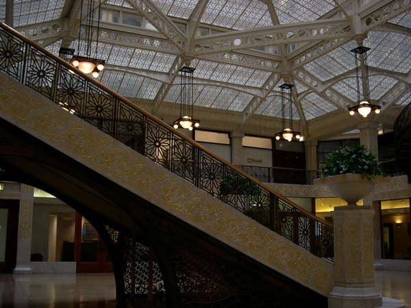 大火後重建都充滿Art Deco風