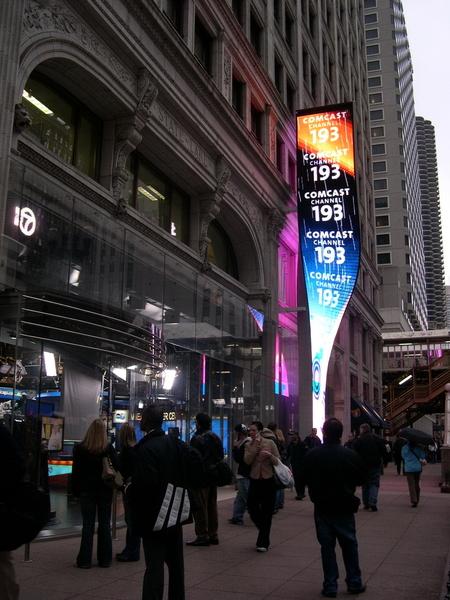 攝影棚外的LED廣告